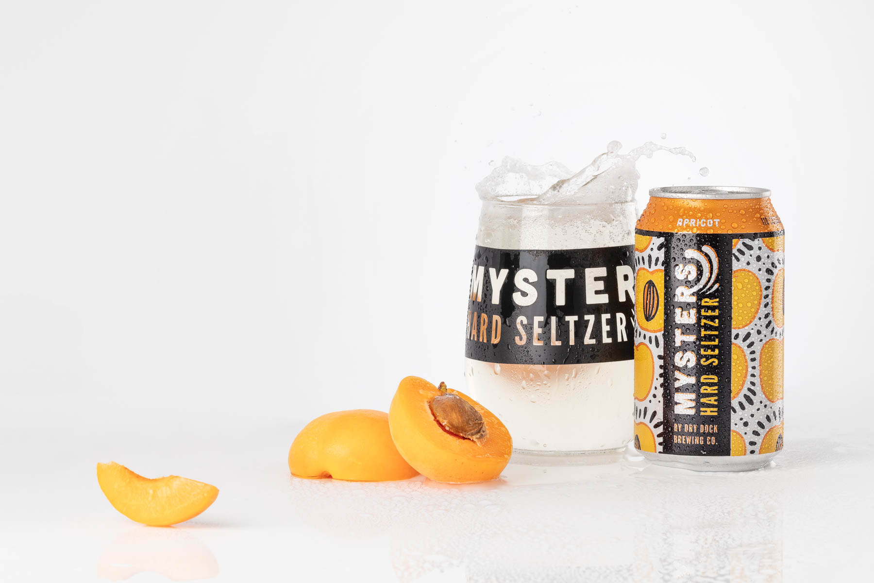 Dry Dock Brewing Apricot Mysters image photographed and composited in studio in Littleton, CO for promotional use